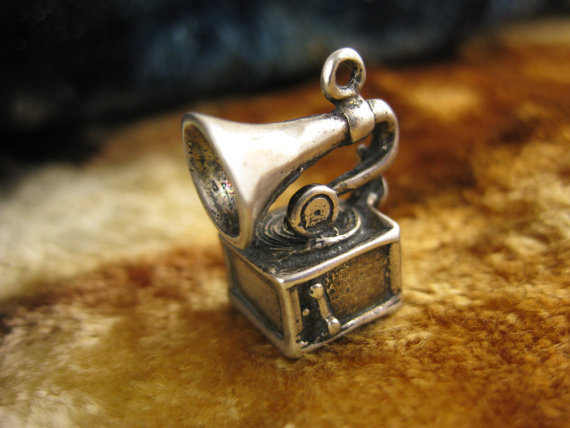 Charm - Sterling Silver - Phonograph Record Player - LP Collectible - Antique Silver Charm
