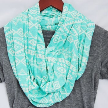 MINT TRIBAL INFINITY Scarf, green tribal print, Pastel infinity scarf, t-shirt scarf, Circle scarf, loop scarf, autumn fashion, fall style