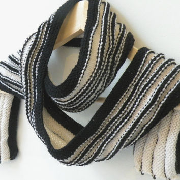 Hand Knit Scarf - Ridged Scarf in White and Black