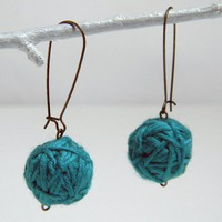 BLUE GREEN Wool Yarn Beads Earrings.. on Luulla