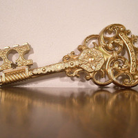 Vintage gold skeleton key