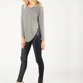 Striped and Rounded Side Slit Long Sleeve Top - Black/White /