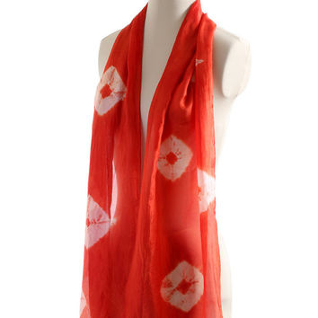 Red naturally dyed light long silk scarf, hand dyed with Madder, light weight ponge silk shawl with shibori tie dye pattern