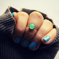 green opal knuckle ring in sterling silver, silver knuckle ring, midi ring, minimalist ring, stacking ring, green ring
