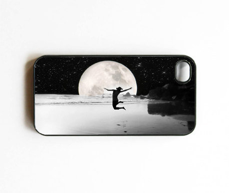 "Iphone Case. Moon. Beach. Ocean. Stars. Night. Silhouette. ""Freedom"". Surreal. Dreamy. Cool. Iphone 4 case. 4s case. cover. black. silver."