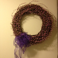 Pip Berry Wreath, 18 inch Grapevine, Purple Berries