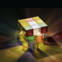 Rubiks Cube lamp is a puzzling light source - SlipperyBrick.com