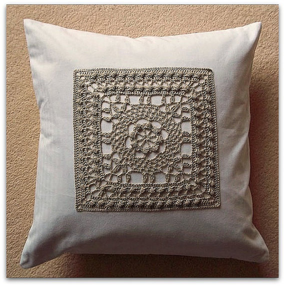Cushion cover pillow cover in cotton with crochet panel and button fastening 40cm