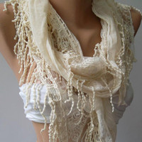 Ivory Beige -  fantastic - Elegance Shawl / Scarf with Lace Edge