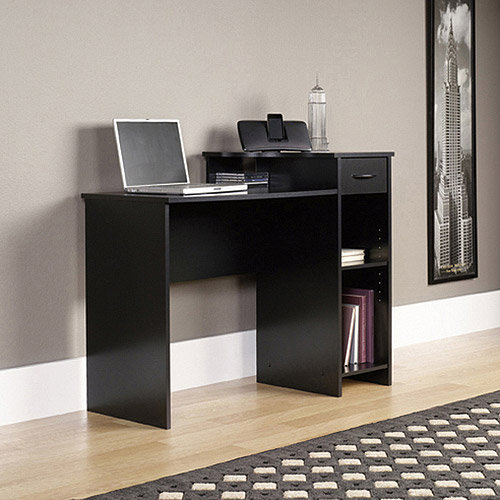Walmart: Mainstays Student Desk, Black