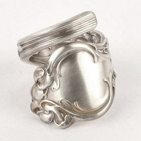 Unique Violet Pattern Sterling Silver Spoon Ring by by Spoonier