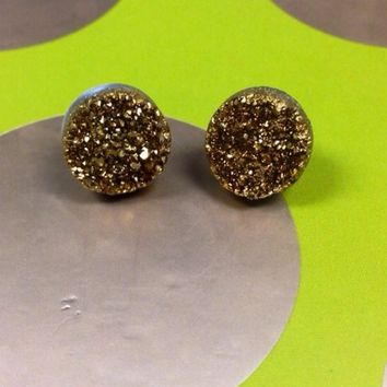 ✨HOST PICK✨Metallic gold/silver Druzy Stud Earring