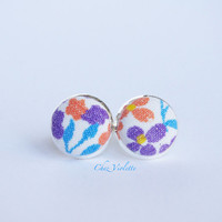 Floral stud earrings, vintage fabric post, Tiny earrings stud - small earring studs