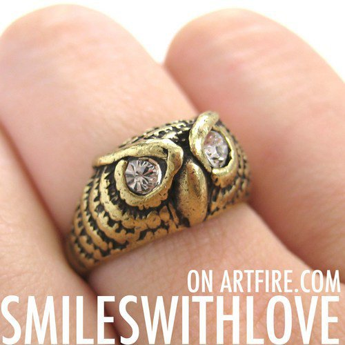 Owl Bird Feathers Animal Ring in Gold - Available in Sizes 5, 6 and 7