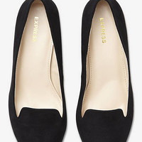 SMOKING SLIPPER RUNWAY PUMP from EXPRESS