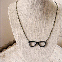 Hipster Retro Black Glasses Necklace