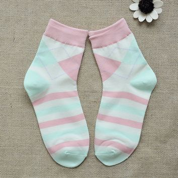 FunShop Woman's Stripes and Rhombus Pattern Cotton Ankel Socks in 2 Colors