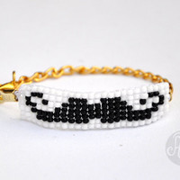 Mustache Beaded Bracelet with gold chain
