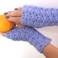 Lacy Openwork Lilac Fingerless Gloves in Crochet, Gauntlets, Mitts, Fingerless Mittens