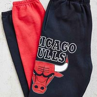Mitchell & Ness Chicago Bulls Sweatpant - Urban Outfitters