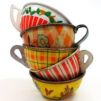 Toy Tea cups Set of 5 vintage tin in red &amp; by OldeTymeNotions