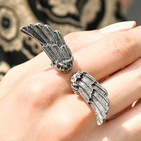 YESSTYLE: SO Central- Wings Ring (Matt - Silver - One Size)