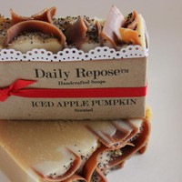 ICED APPLE Pumpkin Soap Scented Bat.. on Luulla
