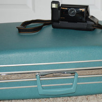 Vintage Samsonite Silhouette Turquoise Hard Case Suitcase with Key
