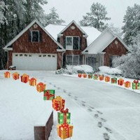 Christmas Presents Pathway Markers - Set of 18