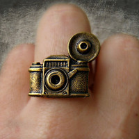 camera ring, photography ring, kitsch ring, unique ring, cute ring, vintage style