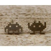 JDC77b : Space Invader Studs - Gold - earrings &amp; studs - jewellery