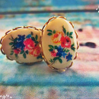 Cameo Flower Earrings on studs