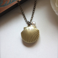 A Mermaids Locket. A Shell, Clam, Oyster Vintage Brass Locket Necklace. Romantic. For Sister, Mother, Wife, best friends.Wedding.
