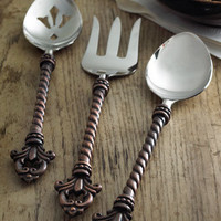 GG Collection Three-Piece Fleur-de-Lis Hostess Set