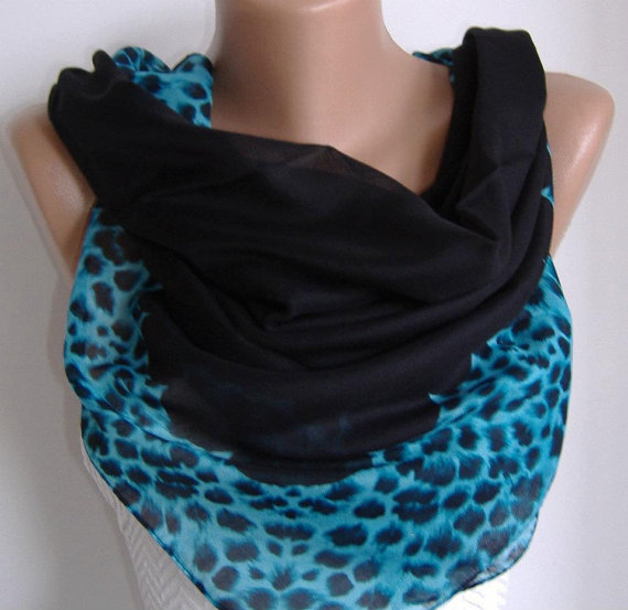 Cotton Scarf/Shawl  -  Leopard-Soft cotton fabric.