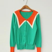 Green V-neck Long-sleeved Knit Cardiga$39.00