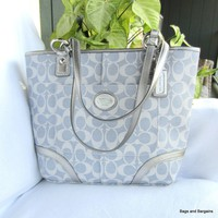 COACH F18922 NWT Silver Signature Canvas Heritage Tote Handbag MSRP $298 NEW - Handbags & Bags