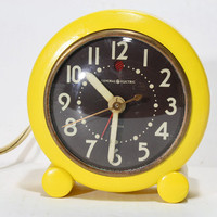 Vintage Retro Yellow General Electric Wind Up Alarm Clock