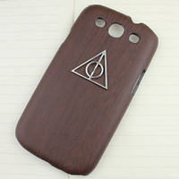 Deathly Hallows Harry Potter  And  Brown Wood Grain  Hard Shell for Samsung Galaxy S3 i9300
