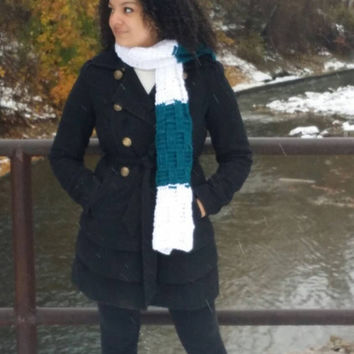 Crochet color block winter scarf, Thick and chunky long scarf,- The ITOTIA - Textured scarf  in blue and white
