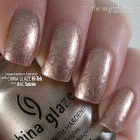KOTD: Subtle leopard with Konad m57 | The Swatchaholic . a blog about nail polish and makeup