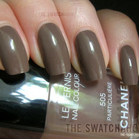 NOTD: Chanel ? Particulière (505) | The Swatchaholic . a blog about nail polish and makeup