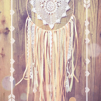 Pink & White Vintage Lace Shabby Chic Bohemian Gypsy Crochet Doily Nursery Decor Dreamcatcher