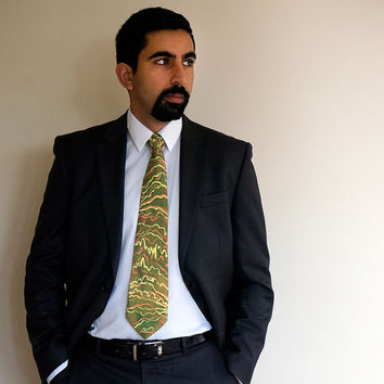 Autumn Rhythms tie, olive green silk tie, handpainted silk tie, one-of-a-kind, abstract pattern tie, 70s style, retro, wear to work or party