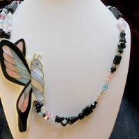 Butterfly In Flight Necklace on Luulla