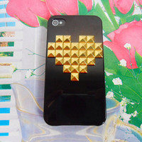 iphone golden pyramid stud black Hard Case Cover For Apple iPhone 4,4S ,iPhone 4 Case, iPhone 4s Case, iPhone 4 Hard Case,  case-0202