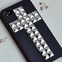 Cross Antique Silver Pyramid stud And Hard Case with For Apple iPhone 4 , iPhone 4s, iPhone 4 Hard Case, iPhone Case