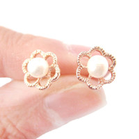Small Floral Flower Shaped Stud Earrings in Rose Gold with Pearl Details | DOTOLY - Pearl Beaded Floral Stud Earrings