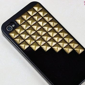 Bronze pyramid stud Black Hard Case Cover ----for Apple iPhone 4 Case, iPhone 4s Case, iPhone 4 Hard Case