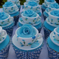 Yummy Treats and Cakes / Teacup Cupcakes